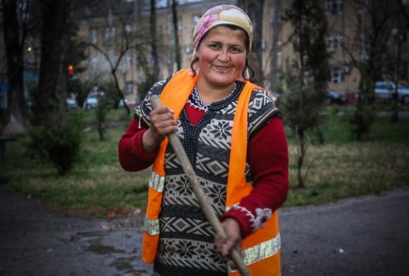 tajikistan-women_essay_2-l_isamova.jpg