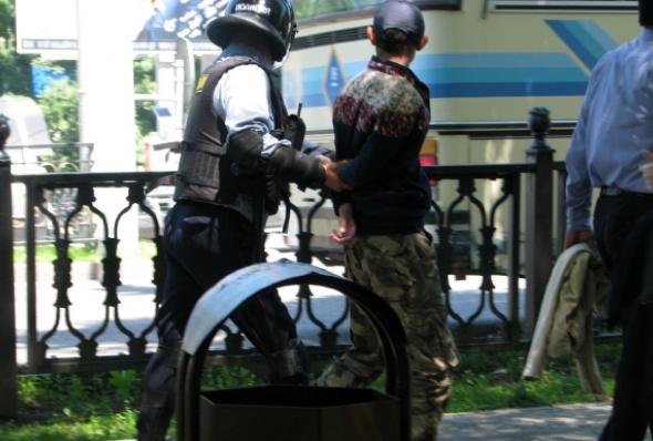 kazakstan-almaty_protest_may_2016_6-andrei_grishin