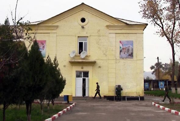 tajikistan-army_1-shodmon_holov