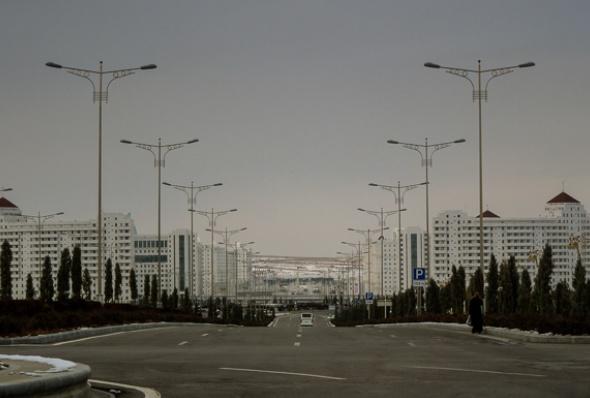 turkmenistan-essay_june_2016_10-helen_stevenson