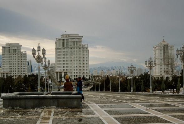 turkmenistan-essay_june_2016_13-helen_stevenson