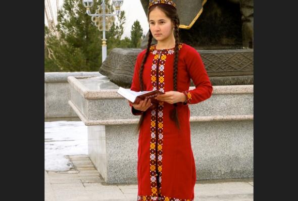 turkmenistan-essay_june_2016_16-helen_stevenson