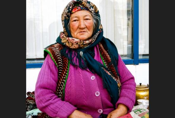 turkmenistan-essay_june_2016_4-helen_stevenson
