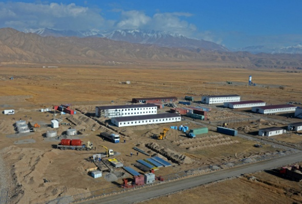 kyrgyzstan-naryn_river_construction_camp-kyrgyz_press_service