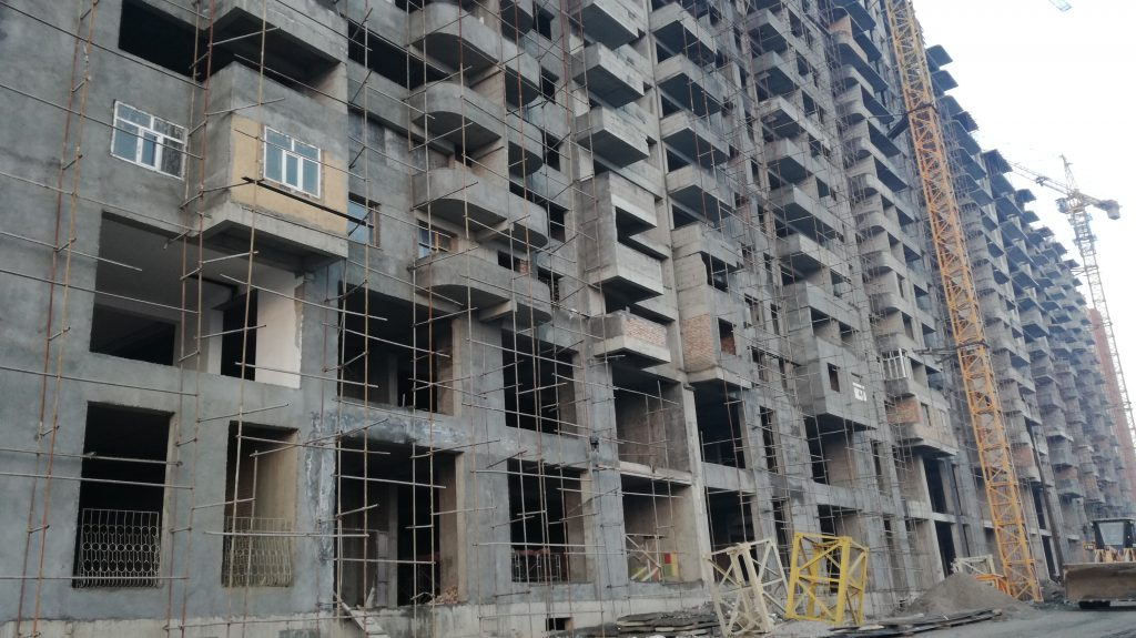 """Komil 2010"" company houses under construction in ""Zarafshon"" district"