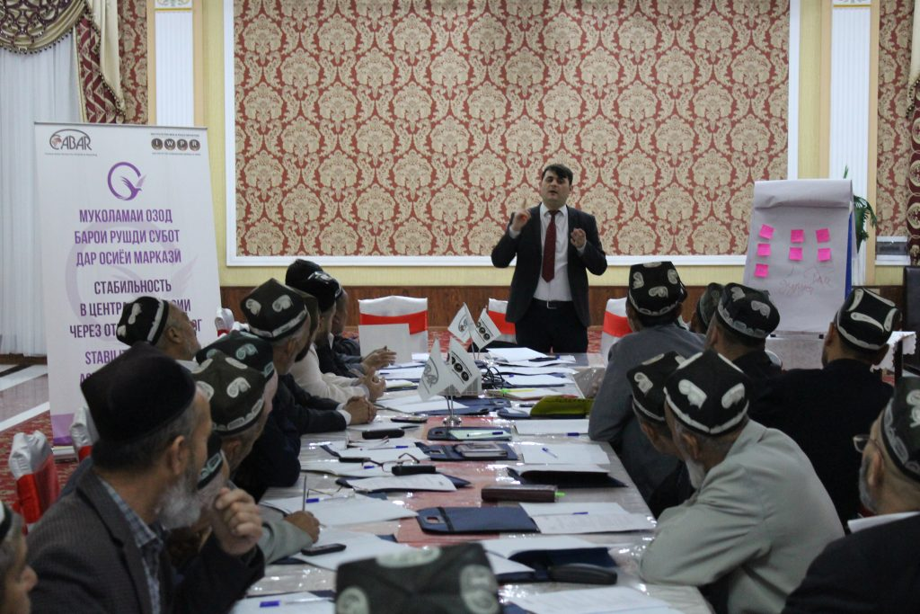 Training for imam-khatibs in Konibodom. Photo: cabar.asia
