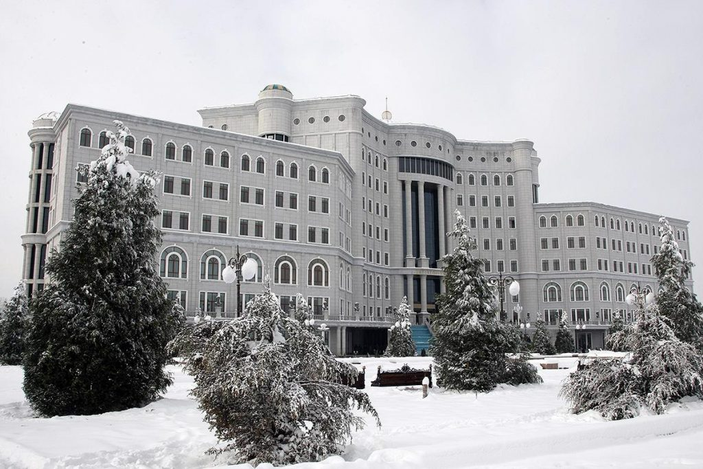 The National Library of Tajikistan has Saudi Arabia corner where free Arabic courses are taught. Photo from the National Library page on Facebook