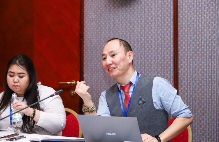 Эксперт из Казахстана, китаист Адиль Каукенов