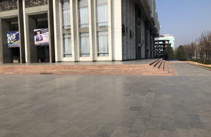 Отстутствие пандусов в здании филармонии
