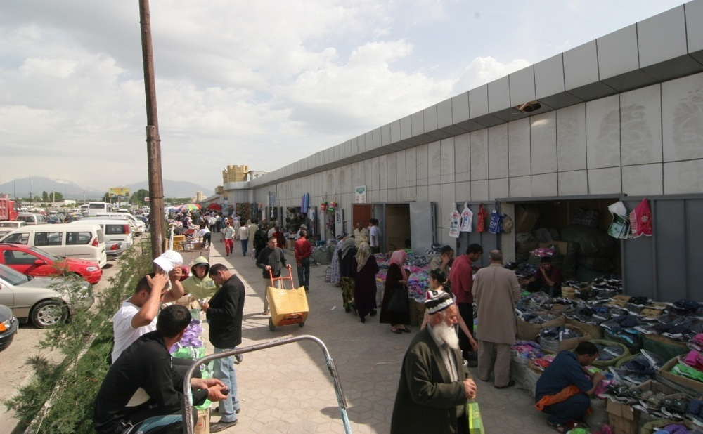 Entrepreneurs predict a price increase on Tajik markets due to the closure of the border with China. Photo: asiaplustj.info