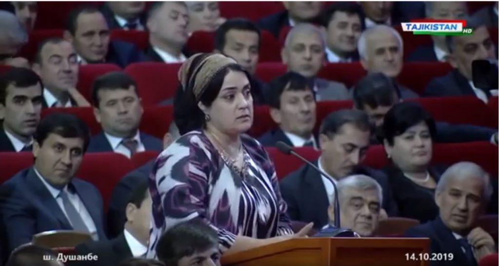Tajik entrepreneurs in a meeting with President Emomali Rahmon.Screenshot from YouTube