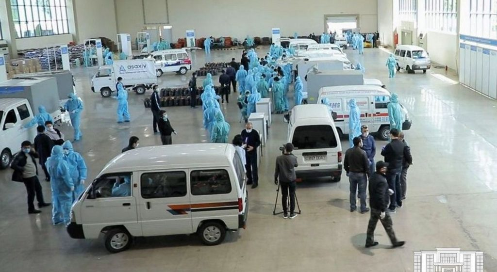 In the volunteer movement, this initiative was considered as the desire of officials to control the financial flows collected by sponsors. Photo by the press service of Mayor's Office of Tashkent