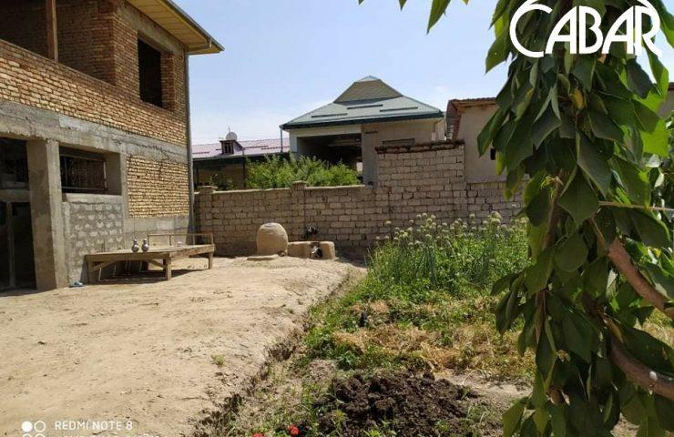 8. Дома жителей села Йошлик на месте бывшего сельского клуба