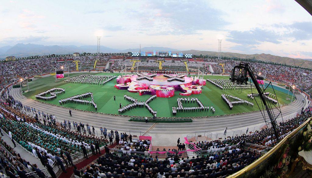 Открытие нового стадиона в Вахдате в рамках празднования 20-летия Дня Единства в Таджикистане. Фото: Федерация Футбола Таджикистана